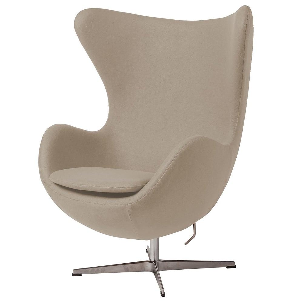 Кресло Egg Chair Бежевое 100% ШерстьКресла<br><br><br>Цвет: Бежевый<br>Материал: Шерсть, Металл<br>Вес кг: 37<br>Длина см: 82<br>Ширина см: 76<br>Высота см: 105