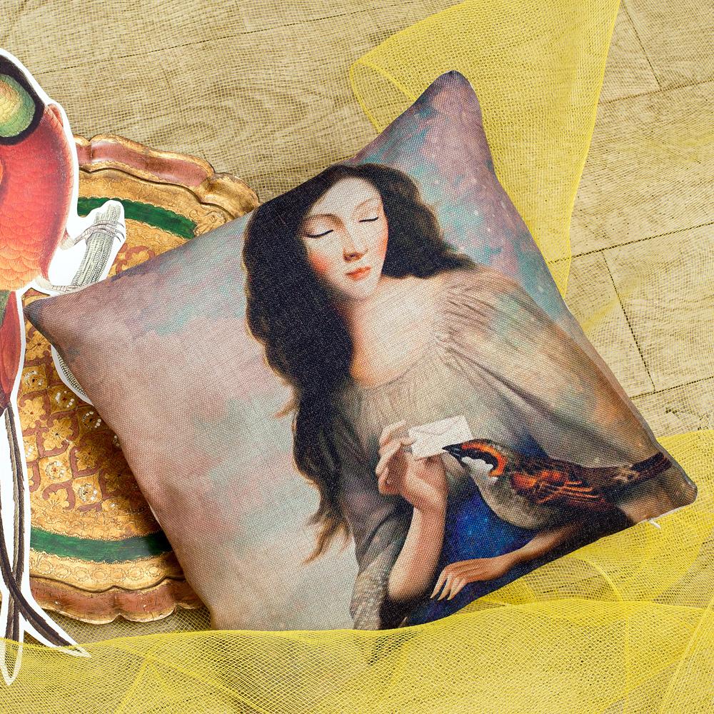Декоративная подушка «Письма счастья»