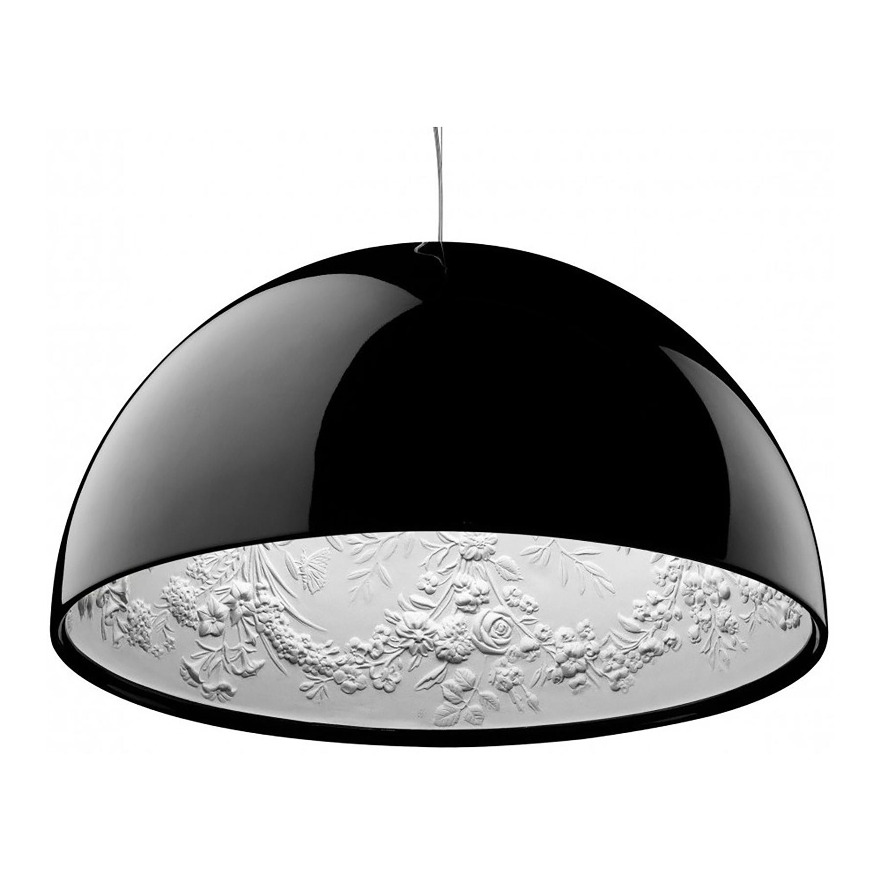 Подвесной светильник SkyGarden Flos D40 blackПодвесные светильники<br>Оригинальная подвесная лампа SkyGarden — это <br>уникальный в своем роде предмет декора, <br>который наполнит ваш дом роскошью, грациозностью <br>и элегантностью. С виду простой и гладкий <br>плафон из полимерной смолы украшен, однако, <br>очаровательной лепкой внутри, что делает <br>аксессуар уникальным. Лампа подарит помещению <br>мягкий непринужденный свет, а также уют <br>и комфорт. SkyGarden или Небесный сад — именно <br>так переводится название светильника — <br>обязательно будет радовать вас своим освещением <br>и эстетическим видом. Подарите себе кусочек <br>райского сада с подвесной лампой SKYGARDEN!<br><br>Цвет: Чёрный<br>Материал: Полимерная смола, Гипс<br>Вес кг: 5<br>Длина см: 40<br>Ширина см: 40<br>Высота см: 20