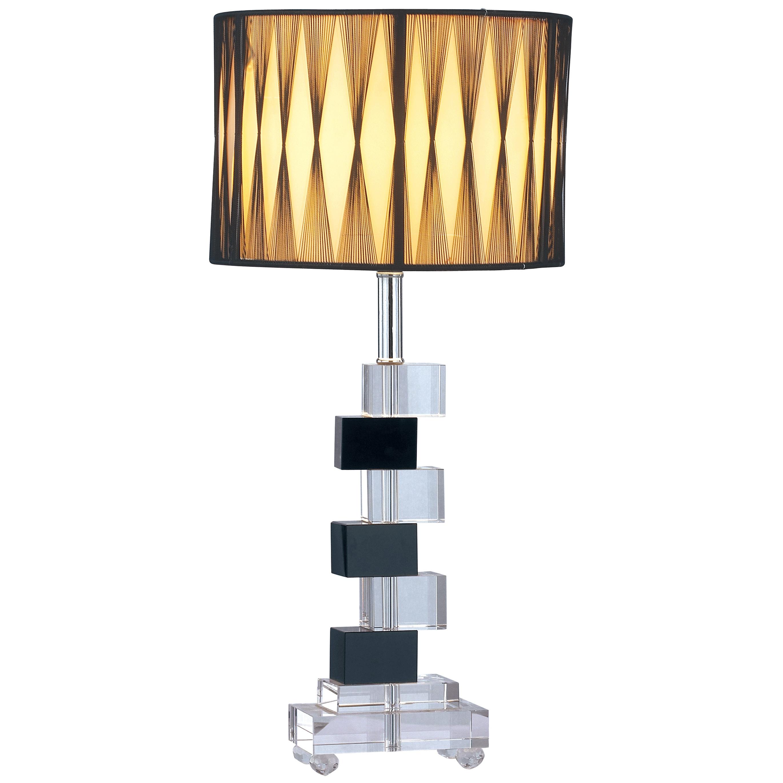 Настольная лампа Lattica, DG-TL70Настольные лампы<br>В оригинальной настольной лампе Lattica роскошные <br>материалы прекрасно сочетаются с изысканной <br>формой изделия. Изящный тканевый абажур <br>создает теплый рассеянный свет. Геометрические <br>формы, чередование прозрачного и чёрного <br>хрусталя придают изделию особый, неповторимый <br>стиль. Упаковано в 2 коробки размерами 20*25*25 <br>см и 16*50*21 см.<br><br>Цвет: None<br>Материал: None<br>Вес кг: 2.7