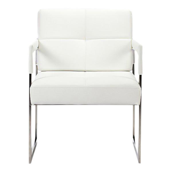 Кресло Aster Chair Белая Кожа Класса ПремиумКресла<br>Это кресло — отличный выбор для любителей <br>современного стиля и эстетики хай-тек. Он <br>будет отлично смотреться как в гостиной <br>в паре с другим таким же креслом и журнальным <br>столиком, так и в рабочем кабинете или офисе. <br>Квадратные ножки стула выполнены из нержавеющей <br>стали, а сиденье и спинка — мягкие, каркас <br>из дерева обит натуральной кожей белого <br>цвета. Купите его, ведь белая мебель никогда <br>не выходит из моды и смотрится стильно во <br>все времена. Особенно эффектно и гармонично <br>такое кресло будет смотреться в монохромном <br>интерьере.<br><br>Цвет: Белый<br>Материал: Кожа, Поролон, Металл<br>Вес кг: 26<br>Длина см: 55<br>Ширина см: 60<br>Высота см: 89