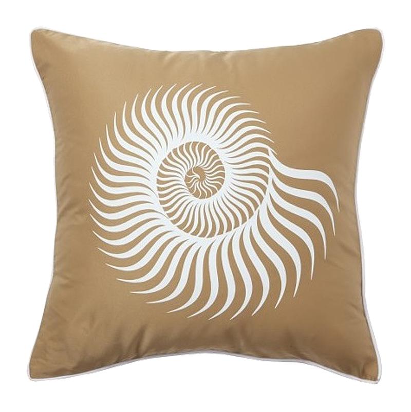 Подушка с рисунком морской раковины Sea Shell Mustard