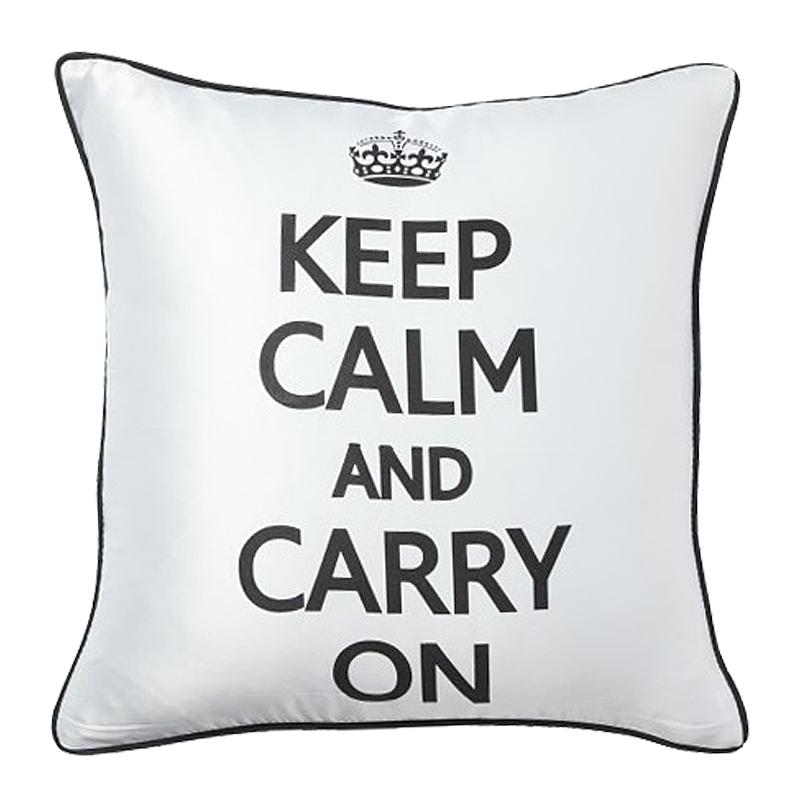 Подушка с надписью Keep Calm and Carry On