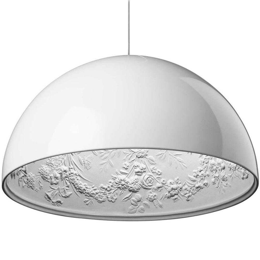 Подвесной светильник SkyGarden Flos D40 whiteПодвесные светильники<br>Оригинальная подвесная лампа SkyGarden — это <br>уникальный в своем роде предмет декора, <br>который наполнит ваш дом роскошью, грациозностью <br>и элегантностью. С виду простой и гладкий <br>плафон из полимерной смолы украшен, однако, <br>очаровательной лепкой внутри, что делает <br>аксессуар уникальным. Лампа подарит помещению <br>мягкий непринужденный свет, а также уют <br>и комфорт. SkyGarden или Небесный сад — именно <br>так переводится название светильника — <br>обязательно будет радовать вас своим освещением <br>и эстетическим видом. Подарите себе кусочек <br>райского сада с подвесной лампой SKYGARDEN!<br><br>Цвет: Белый<br>Материал: Полимерная смола, Гипс<br>Вес кг: 5<br>Длина см: 40<br>Ширина см: 40<br>Высота см: 20
