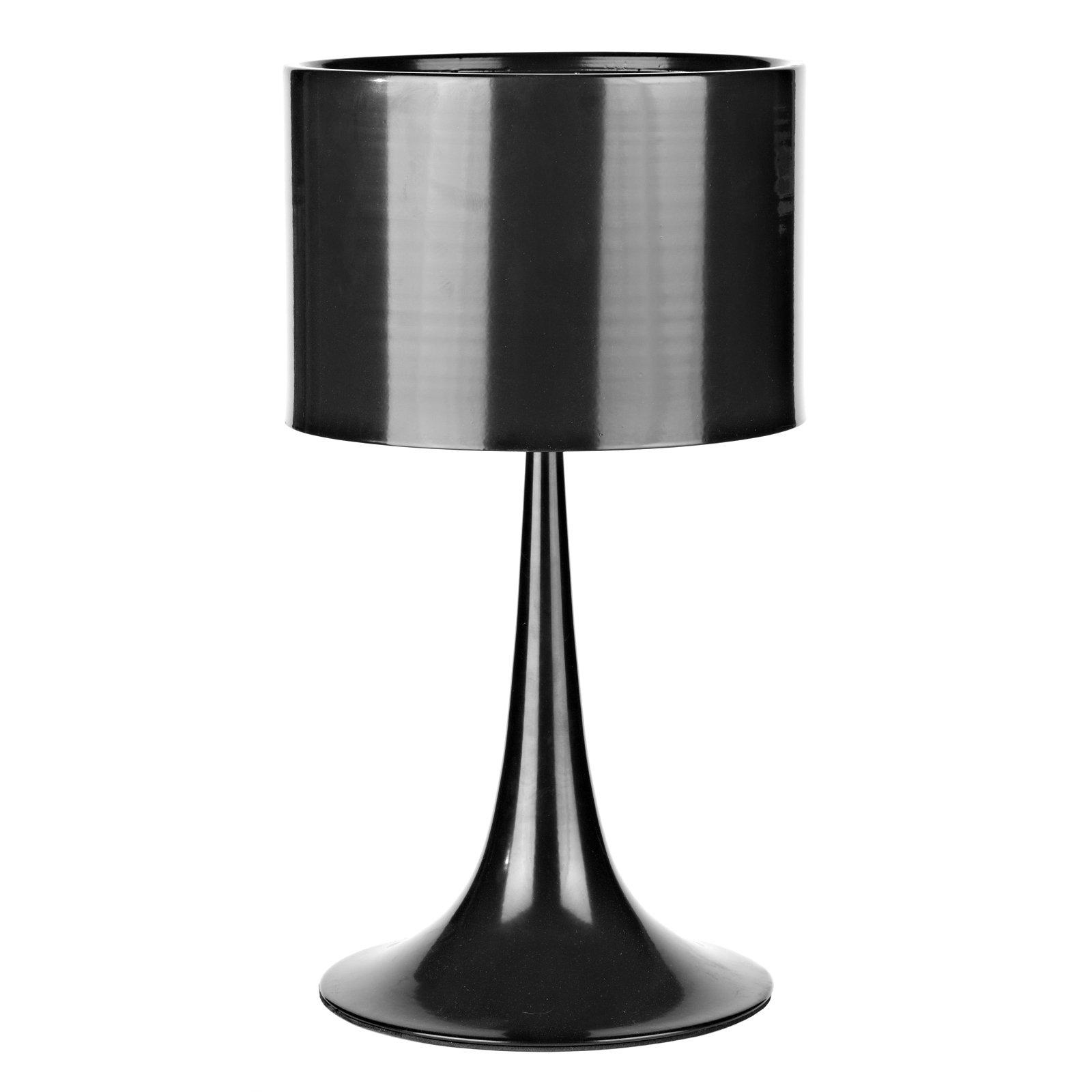 Настольная лампа Flos - Spun LightНастольные лампы<br>В настольной лампе Flos-Spun ничего лишнего <br>— только продуманный дизайн и функциональность! <br>Как раз это можно сказать о данной модели <br>лампы. Она полностью выполнена в чёрном <br>цвете из алюминия. Из круглого основания <br>словно вырастает ножка, сужающаяся к низу <br>и увенчанная абажуром цилиндрической формы. <br>Лампа будет уместна в современном интерьере, <br>лучше всего она будет смотреться на дизайнерском <br>столе в белом цвете. Размеры: диаметр 30 см, <br>высота 22 см.<br><br>Цвет: Чёрный<br>Материал: Металл<br>Вес кг: 2,3<br>Длина см: 32<br>Ширина см: 32<br>Высота см: 45