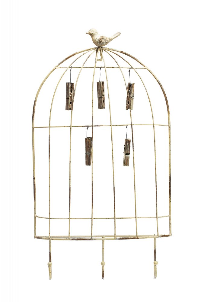 Экран для фотографий и заметок Cage with HooksДекор стен<br>Изящный металлический экран для фотографий <br>выполнен в виде птичьей клетки и украшен <br>птичкой, сидящей сверху. Облегченная конструкция <br>экрана делает его уместным в любом помещении, <br>позволяет украсить им спальню, гостиную, <br>кабинет или холл. С помощью прищепок вы <br>можете легко варьировать размещение фотографий, <br>а удобные крючки позволят дополнить общую <br>композицию милыми вашему сердцу предметами.<br><br>Цвет: Бежевый<br>Материал: Металл<br>Вес кг: 1,1<br>Длина см: 30<br>Ширина см: 3<br>Высота см: 54