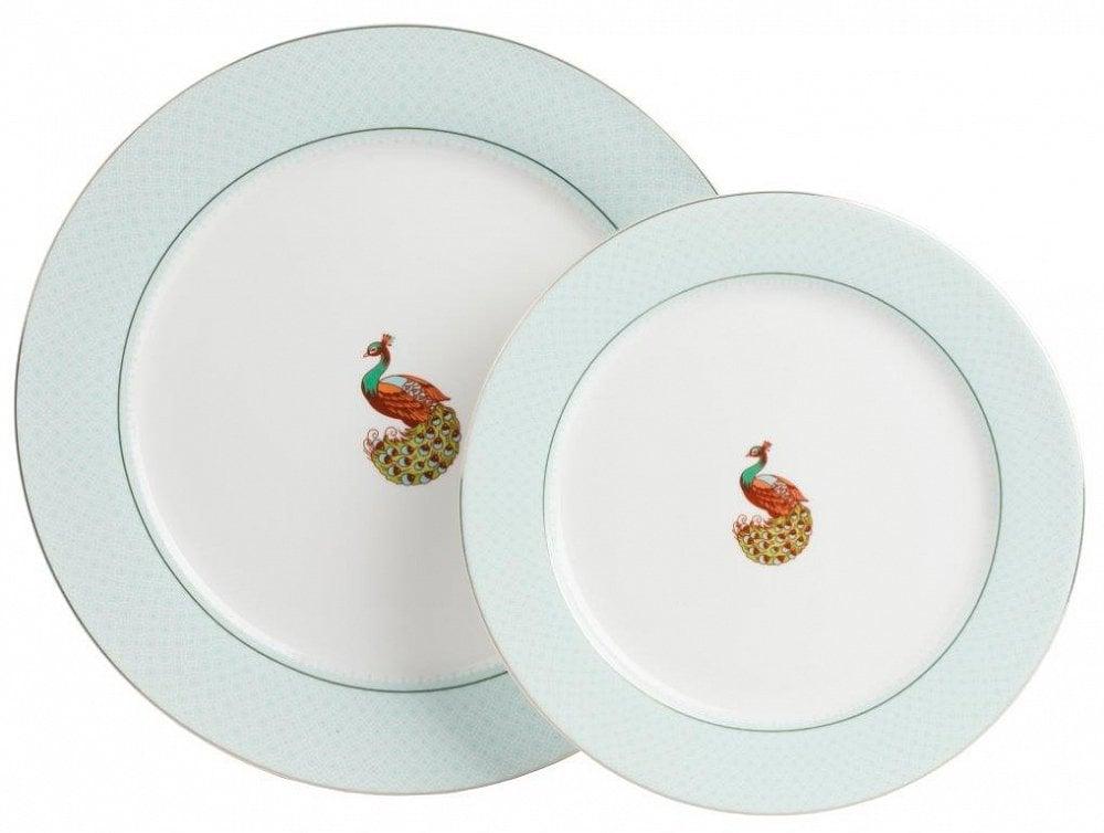 Комплект тарелок BonitaКомплекты тарелок<br>Комплект тарелок Bonita выполнен из костяного <br>фарфора, круглой формы, дно тарелок декорировано <br>изображением павлина в ярких красках на <br>белом фоне. В комплект входят две тарелки <br>диаметром 25 и 20 см.<br><br>Цвет: голубой, белый<br>Материал: Костяной фарфор<br>Вес кг: 0,7<br>Длина см: 25,5<br>Ширина см: 25,5<br>Высота см: 1,5