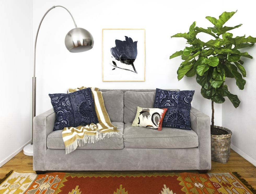 Чем освежить диван в домашних условиях 41