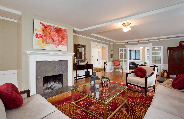 4 dg home for Large living room design layout