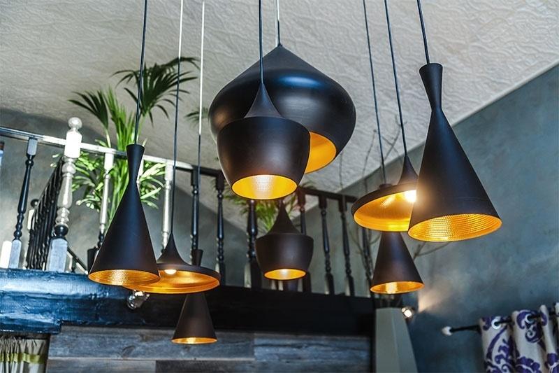Фото Подвесные светильники в интерьере - 6.