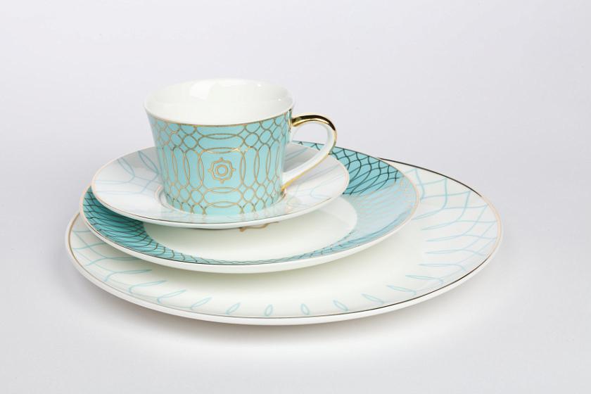 Фото Комплекты тарелок в интерьере - 2.